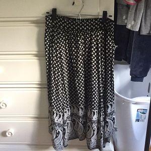 AEO Flowy Black, Cream and Beige Skirt
